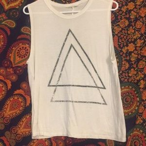 White muscle tank with 2 black triangle design